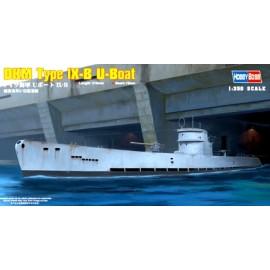 Plastic kit ships HB83507