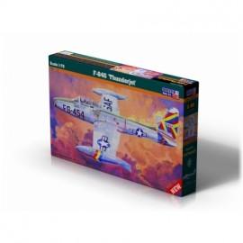 Plastic kit planes C090